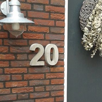 Huisnummers Beton